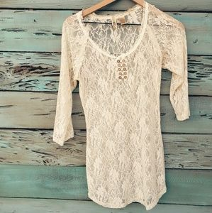New! BKE Lace Top
